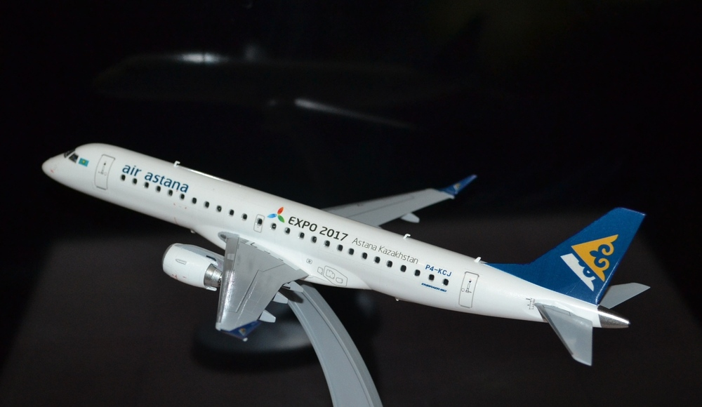 Embraer-190 Air Astana TOTAL_1.JPG