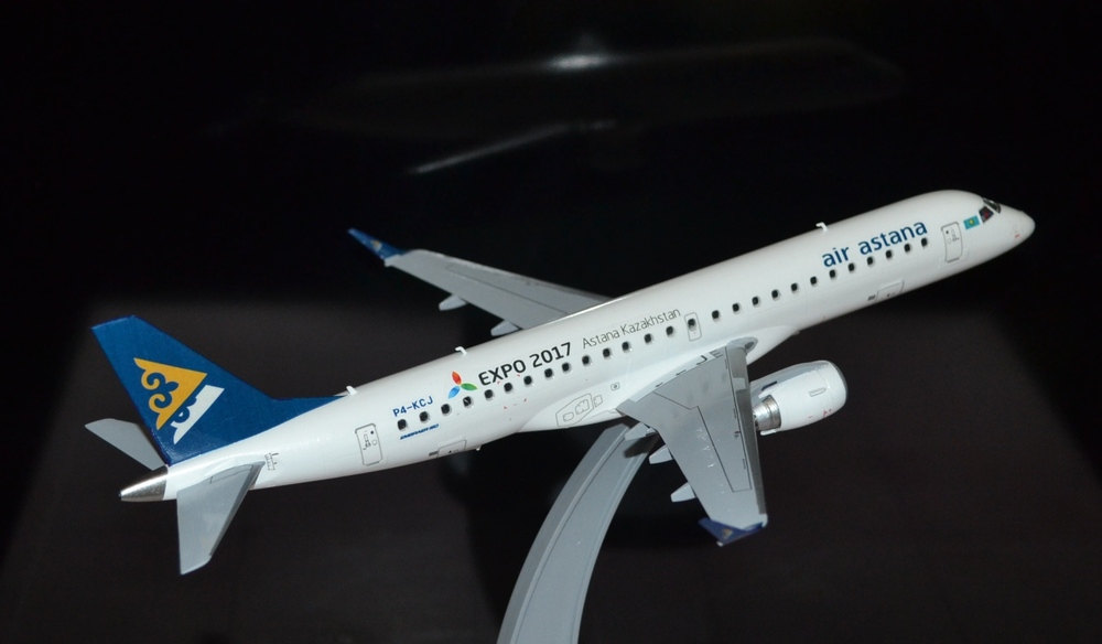 Embraer-190 Air Astana TOTAL_2.JPG