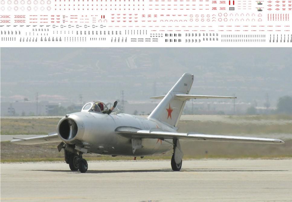 МиГ-15УТИ + МиГ-15 техничка 1-48 - 200.jpg