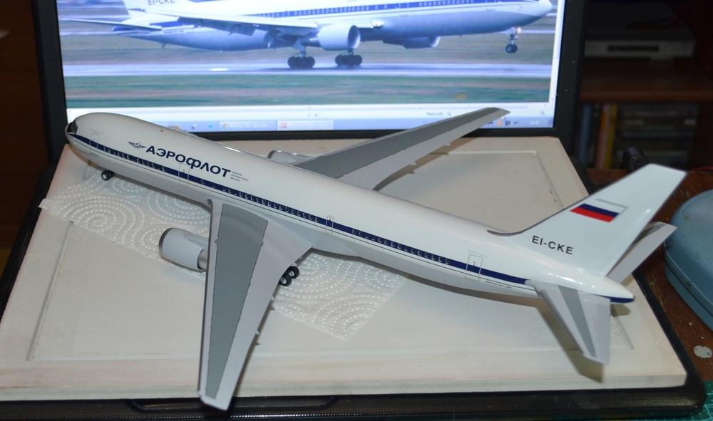 Boeing_767-300_18_12.18-20.thumb.JPG.8c0cf6e5c938df64fc128b5f7200e1a8.JPG