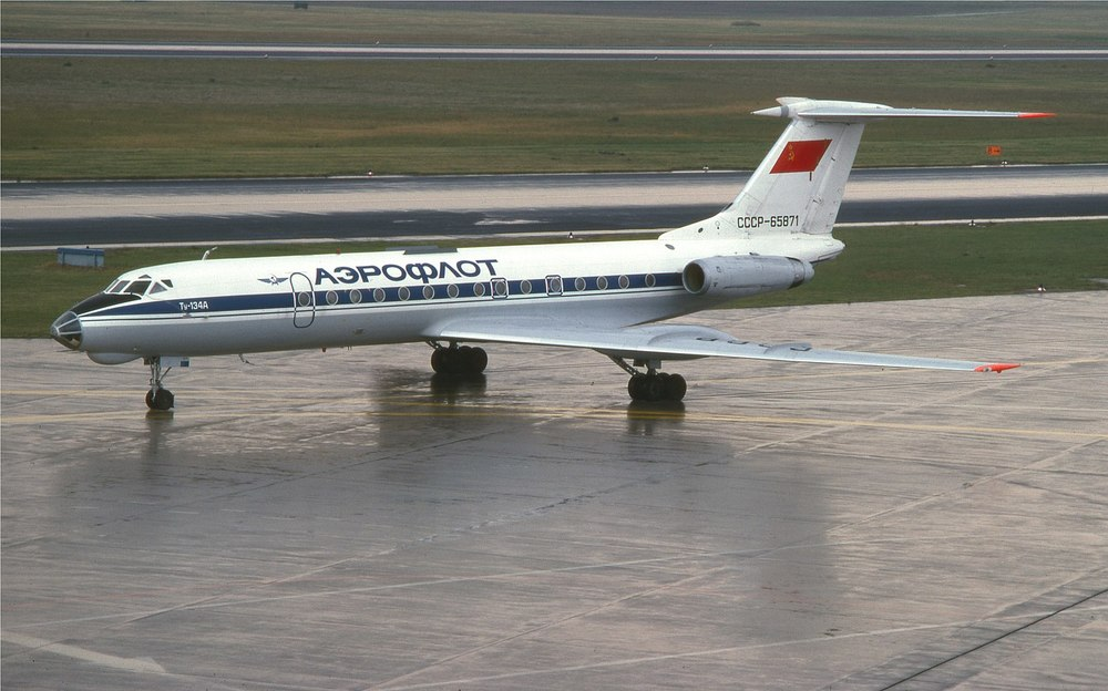1599px-Aeroflot_TU-134A_(6122295659).jpg