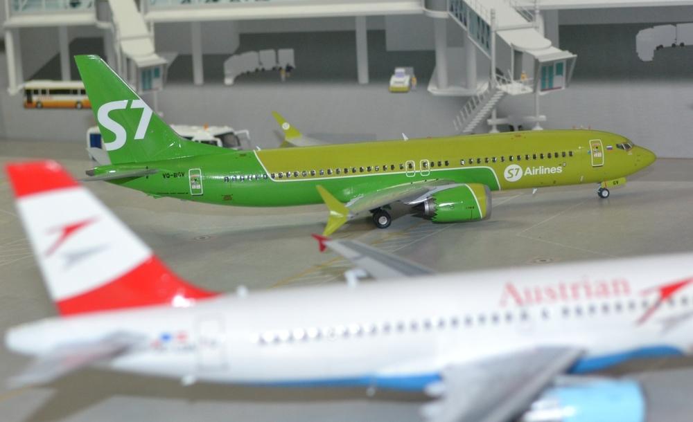 737-8-MAX-1.thumb.JPG.58fe5b4ee788d9f308ab1ee8ecea09b1.JPG