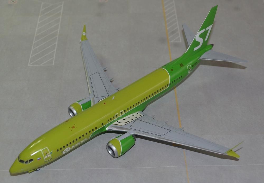 737-8-MAX-12.thumb.JPG.c342d4895d1458e8650fdb270b1be352.JPG