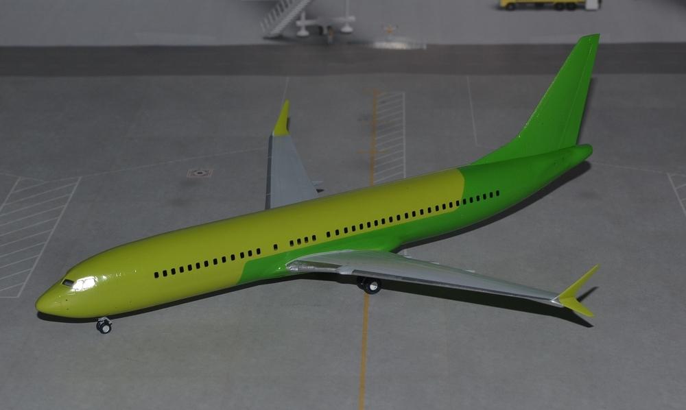 Boeing_737-8_MAX-13_03.19-1.thumb.JPG.6f3ca64ee8f7827ddcdc3524ca5712f3.JPG