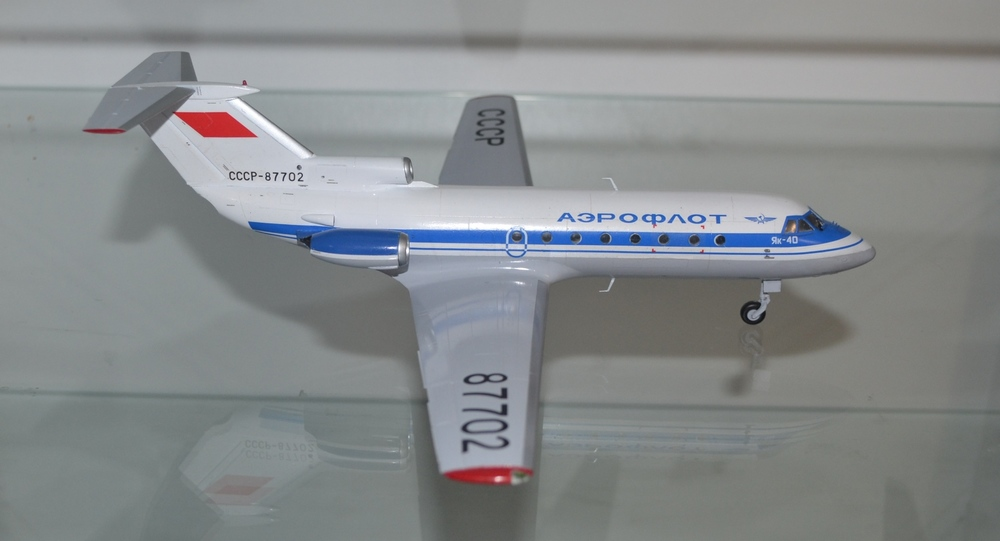 Yak-40_87702_DONE-10.thumb.JPG.83a88d4f7668ee468aaffc460943ecbc.JPG