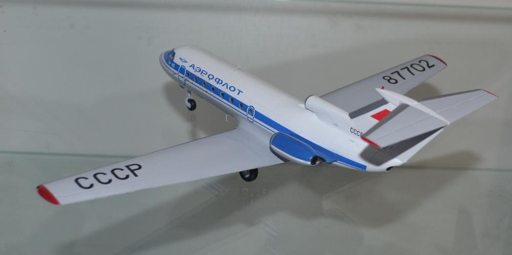 Yak-40_87702_DONE-7.thumb.JPG.c605be58624cf74c4a01e9e38a5ee856.JPG